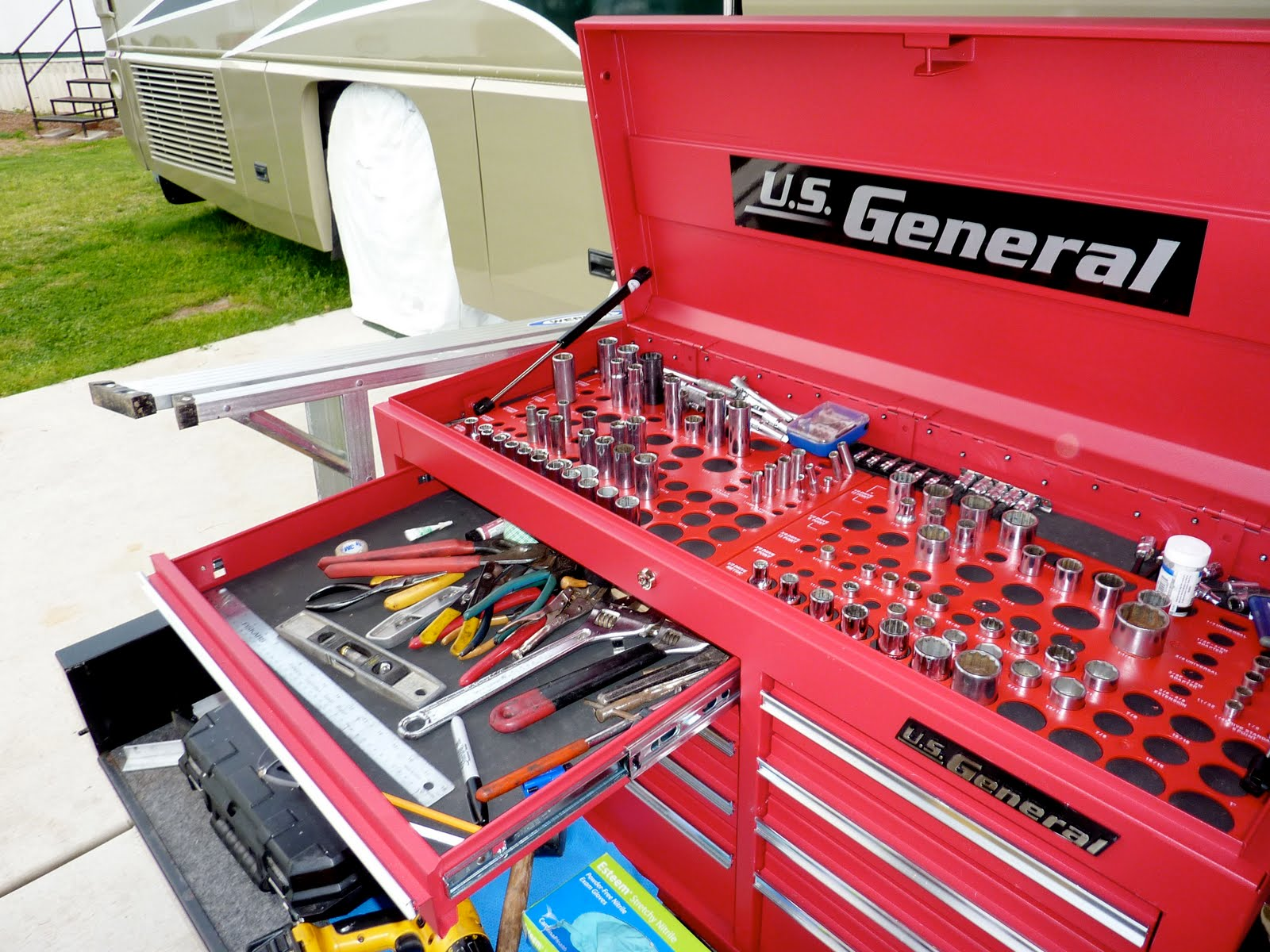 RV NOW with Jim Twamley: Build your own RV slide-out storage tray